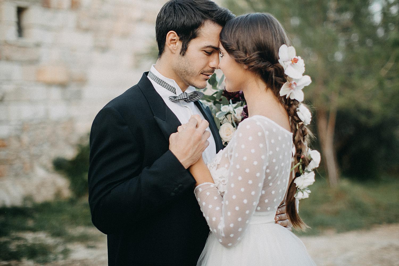 bride and groom hug Puglia wedding