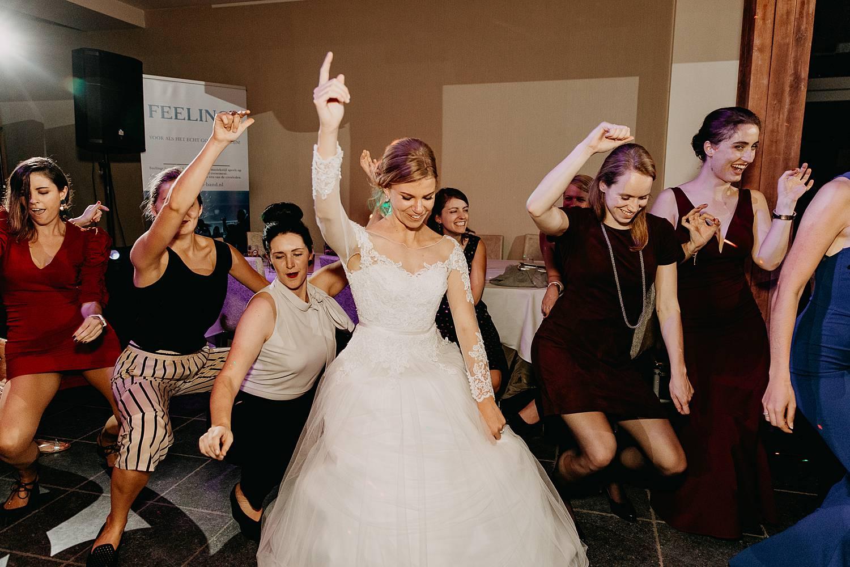 Fonteinhof bruid danst party