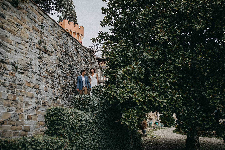 koppel stenen trap villa le Fontanelle