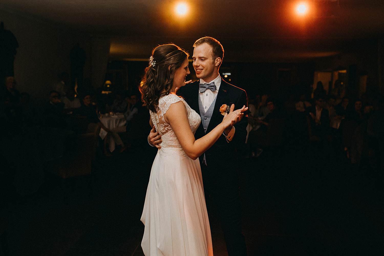 Hof ter Heulebeke avondfeest openingsdans bruidspaar