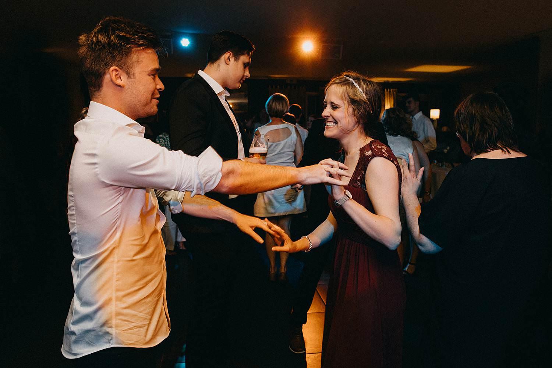 Hof ter Heulebeke huwelijk vriendinnen dansen