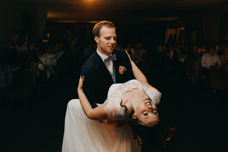 Hof ter Heulebeke openingsdans bruidspaar