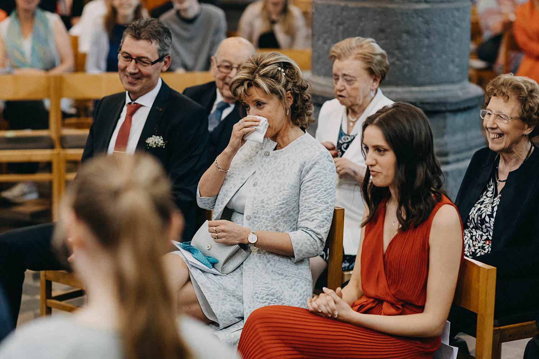Kerk Gullegem huwelijk familie emotioneel