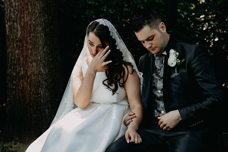 bruid tranen buitenceremonie Ten Huize Foets huwelijk