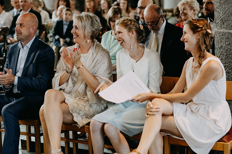 applaus familie kerk Vlaamse Ardennen