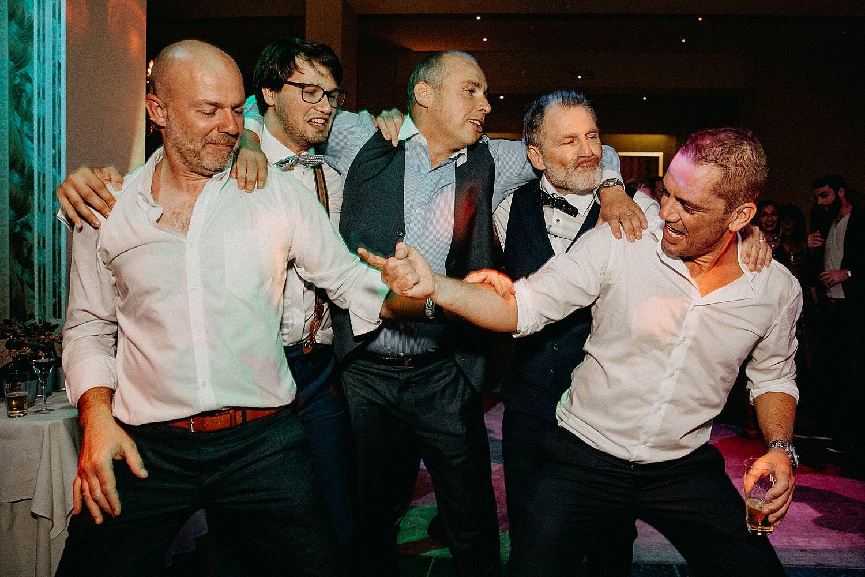 vrienden dansvloer plezier De Kleine Graaf Tongeren