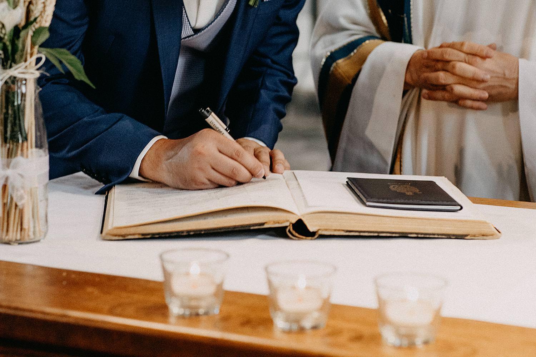 boek handtekening kerkelijk huwelijk Aywaille