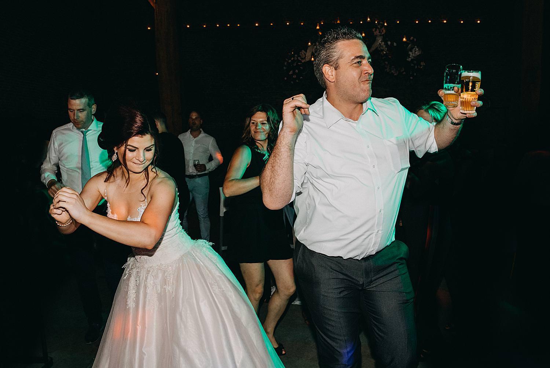 bruid dansvloer monnikenhof Genoelselderen