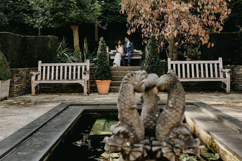 bruidspaar bank vijver kruidtuin Leuven