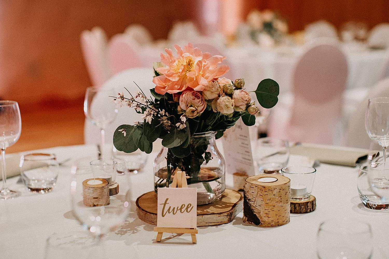 bloemstuk tafeldecoratie Hof van Boeres Londerzeel huwelijk