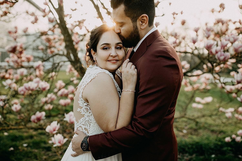 huwelijk plantentuin Meise golden hour portret bruidspaar