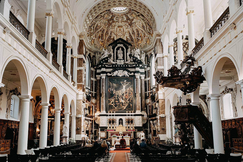 Sint-Carolus Borromeuskerk huwelijk