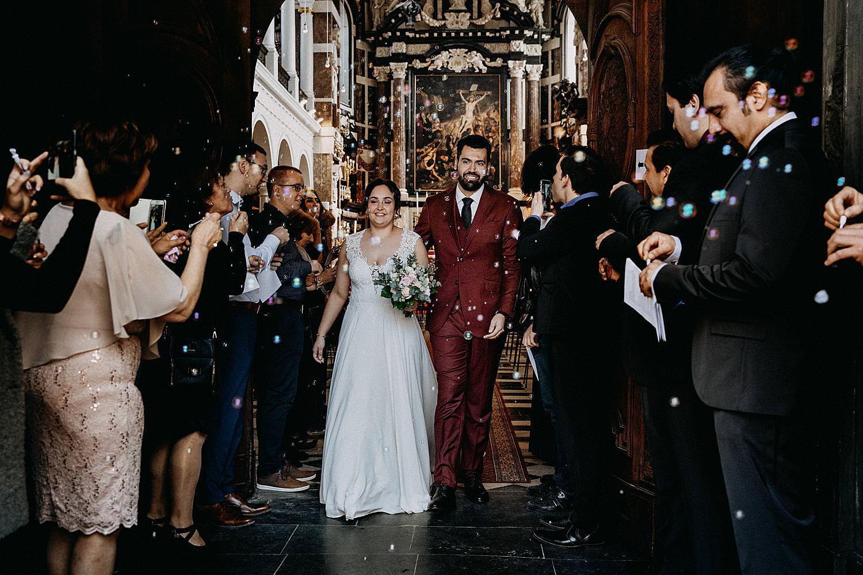 uittrede bruidspaar Sint-Carolus Borromeuskerk