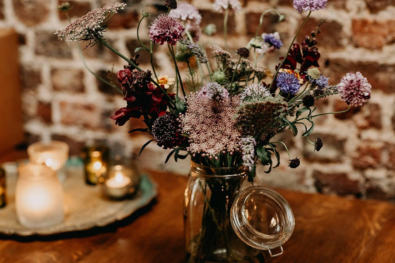 wilde bloemen decoratie huis van Mihr