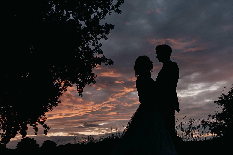 silhouet bruidspaar kasteel Groot Buggenum