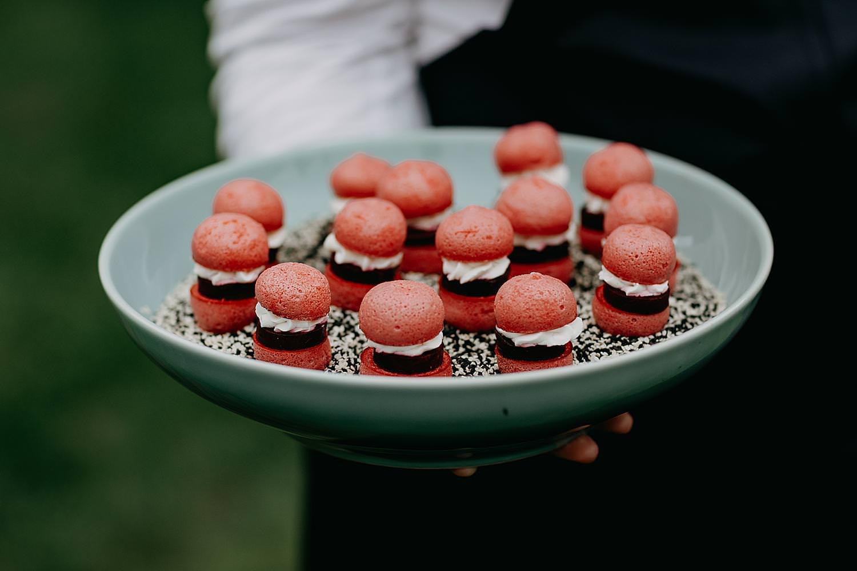 Macarons buitenceremonie Hof Ten Steen