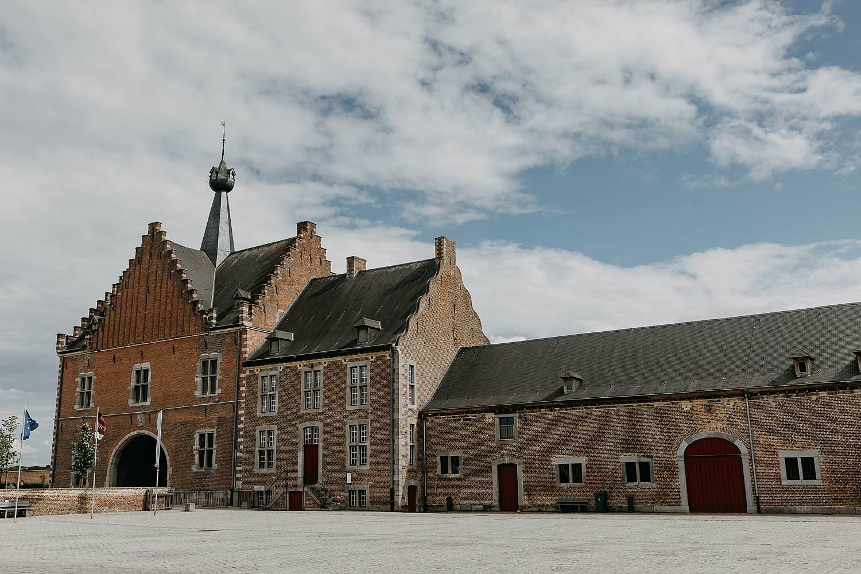 Abdij Herkenrode binnenplein kasteel