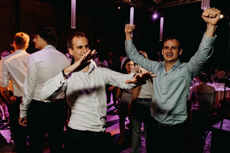 Abdij Herkenrode dansfeest huwelijk vrienden dansen