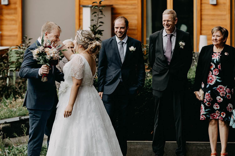 Antwerpen first look huwelijk bruidspaar