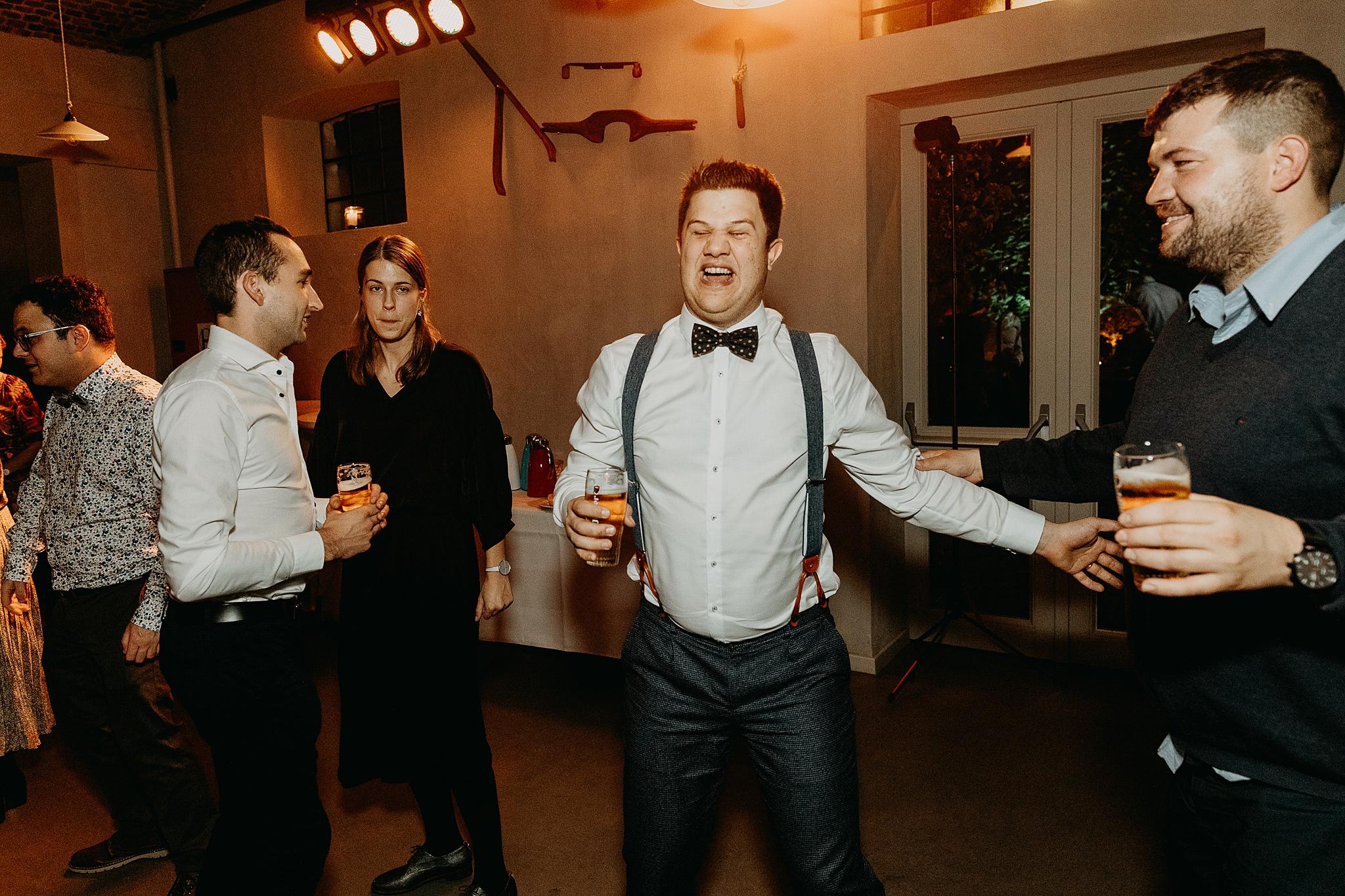 Aulnenhof bruidegom dansvloer huwelijk