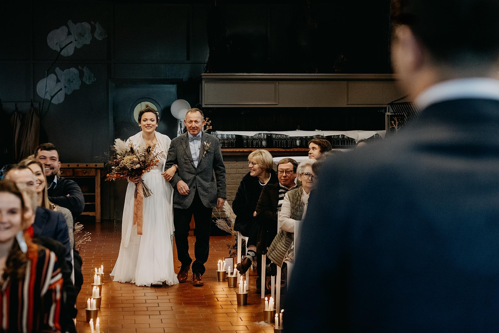 Aulnenhof intrede bruid vader binnenceremonie