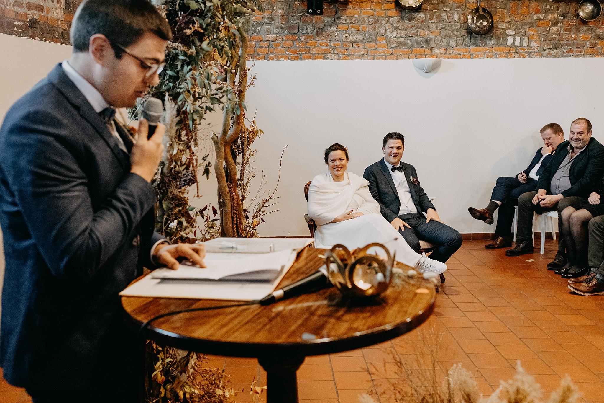 Bruidspaar binnenceremonie Aulnenhof