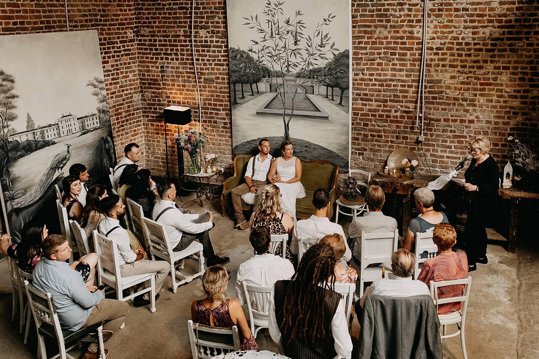 bruidspaar Huis van Mihr binnenceremonie