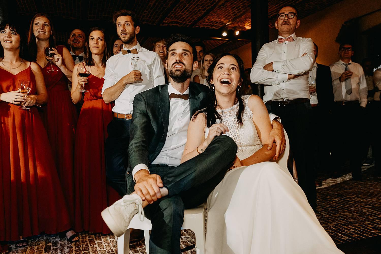 Hof Ten Steen presentatie huwelijk bruidspaar lacht