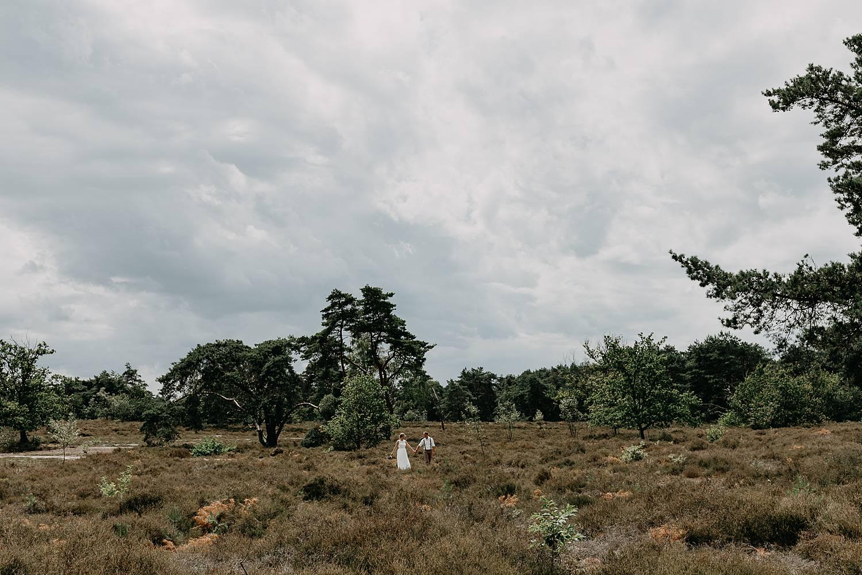 bruidspaar landschap De Teut