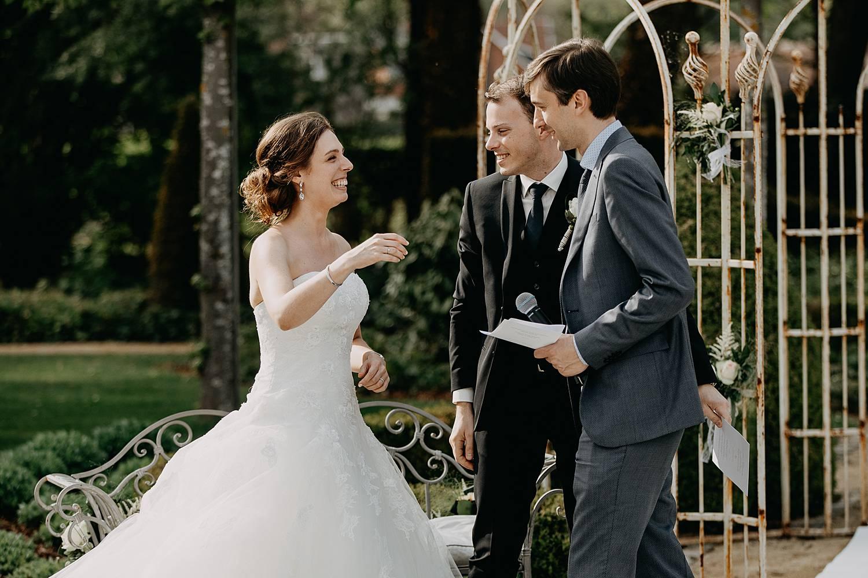 bruid bedankt na speech