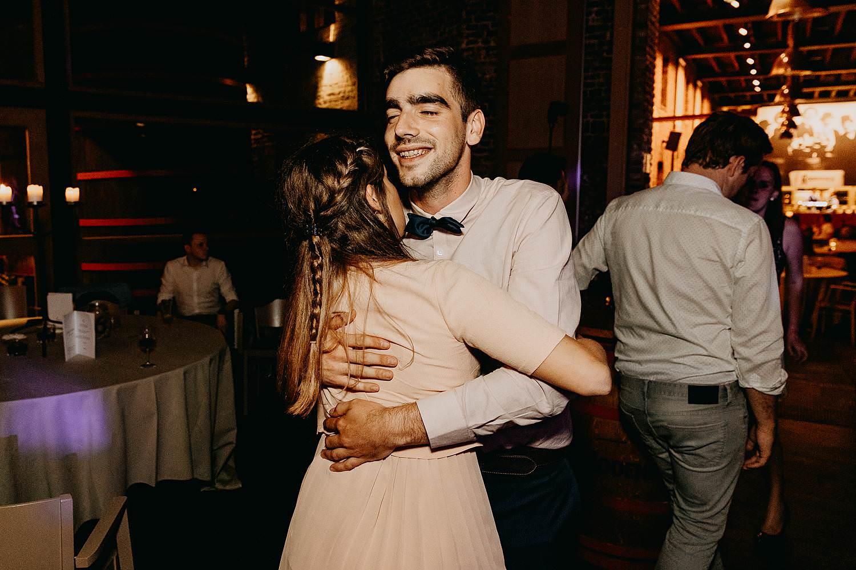dansende mensen trouw Roeselare huwelijk