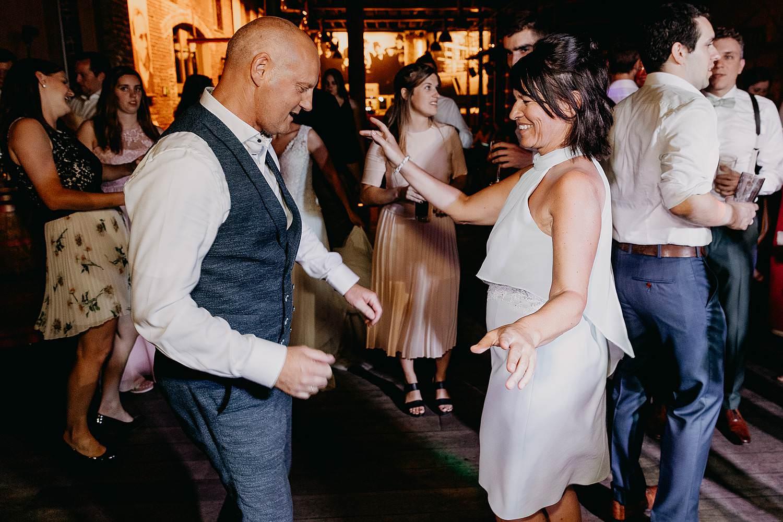 dansfeest huwelijk trouw