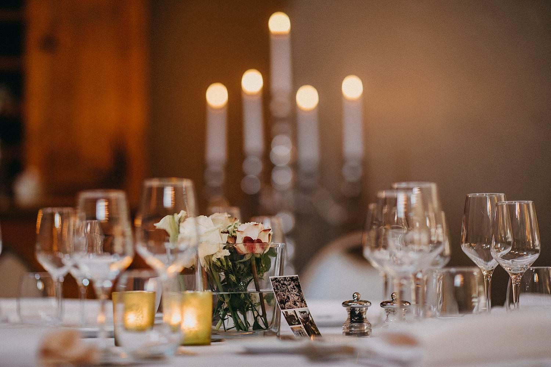 De Baenwinning gedekte feesttafel