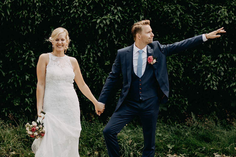 De Venkel huwelijksreportage in tuin