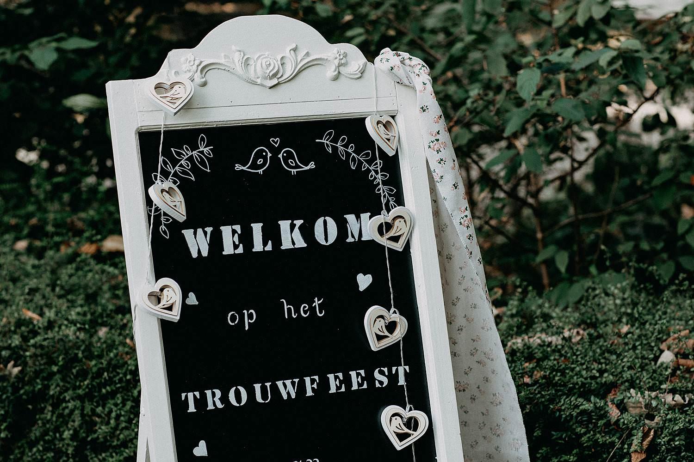Den Hof naambord huwelijk
