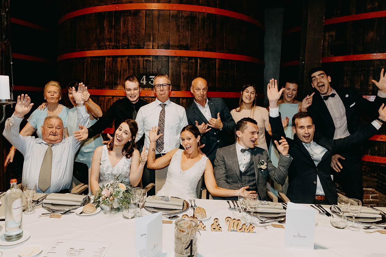 Groepsfoto eretafel huwelijk Roeselare