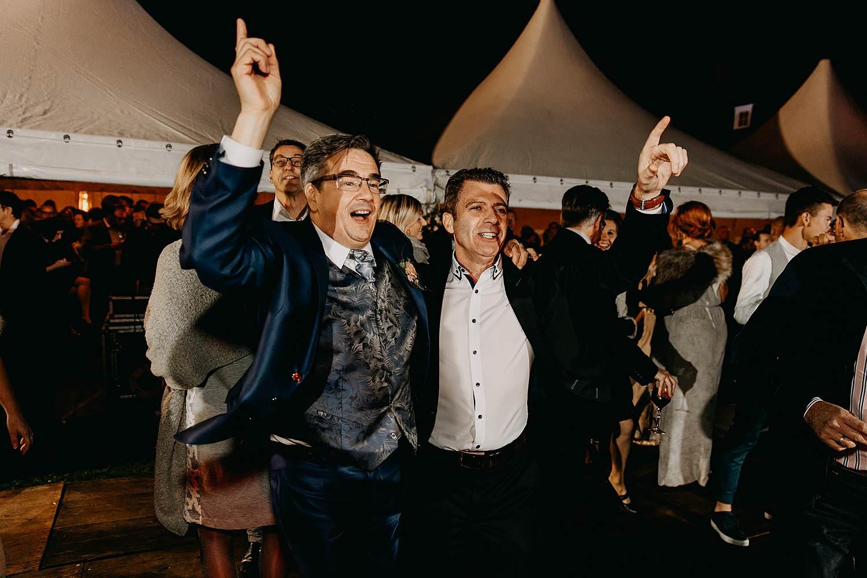 Heerlijckyt van Elsmeren bruidegom danst