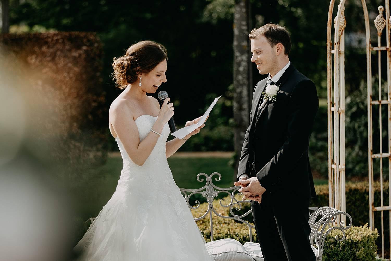 bruid ja-woord buitenceremonie