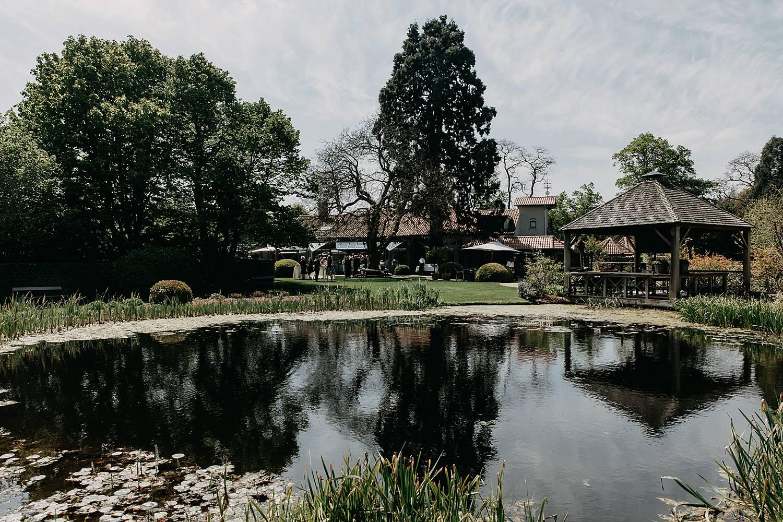 Hof te Rhode vijver en tuin