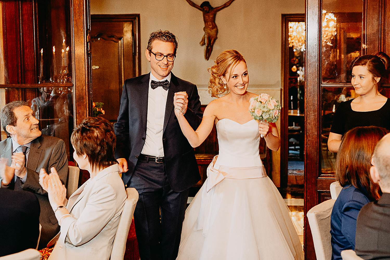 Hof Ten Damme intrede bruidspaar avondfeest