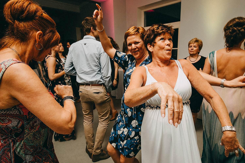 Hof ten Laere gasten dansen