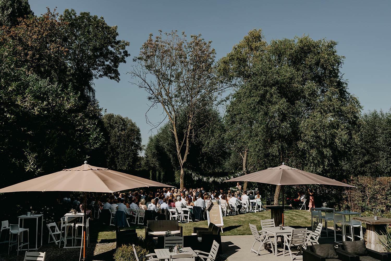 Hof Ter Delft receptie tuin huwelijk
