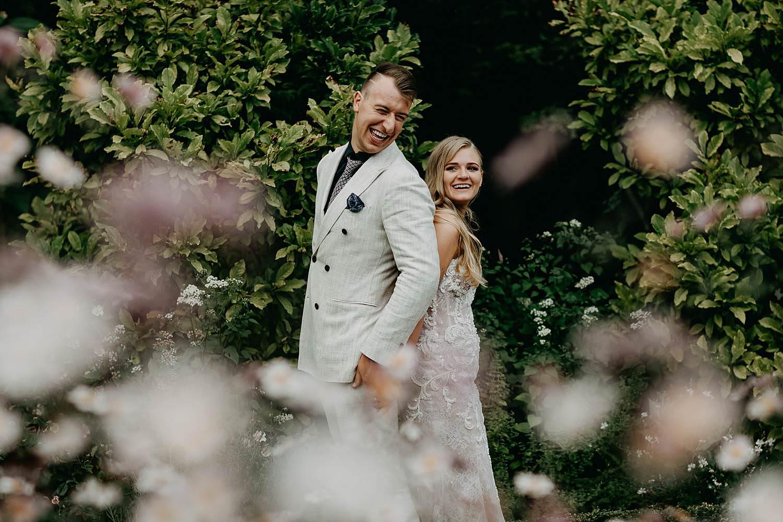 Huwelijksreportage tuin De Lozen Boer