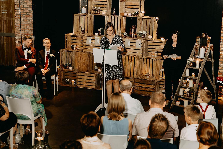 Kaai 16 binnenceremonie huwelijk speech ceremonie meester
