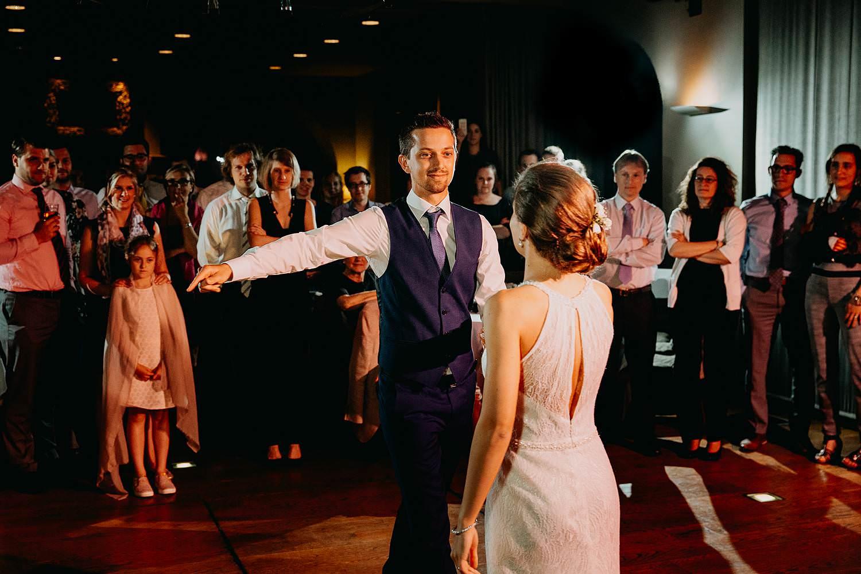 Keienhof huwelijk openingsdans bruidspaar