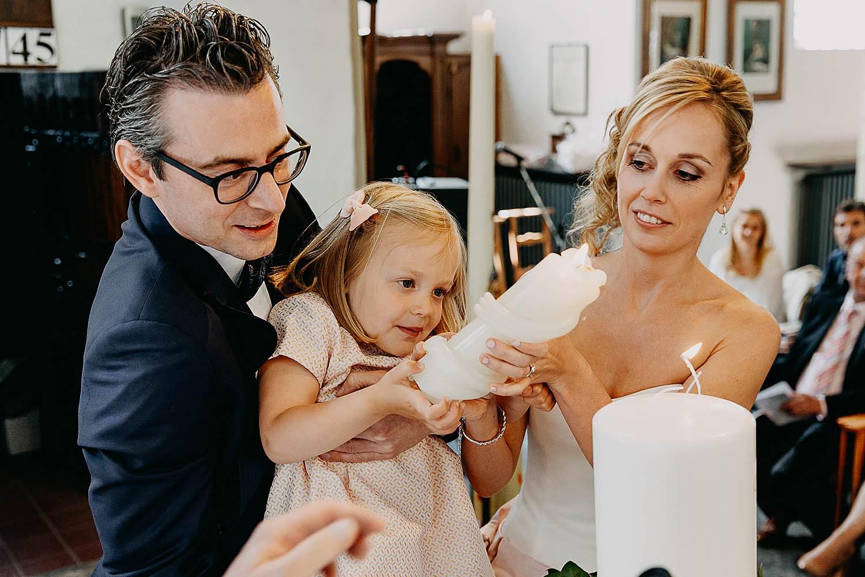 Kerk Millegem huwelijk bruidsmeisje paaskaars