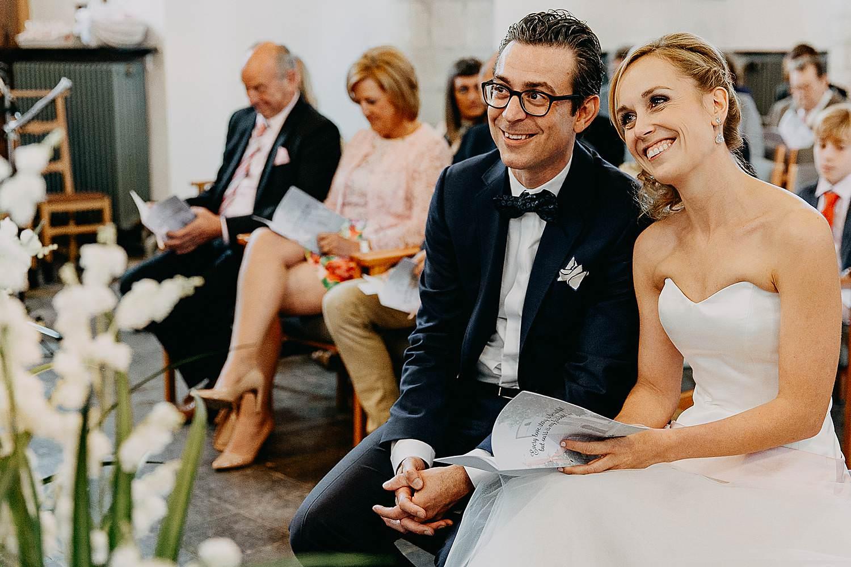 Kerk Millegem huwelijk bruidspaar