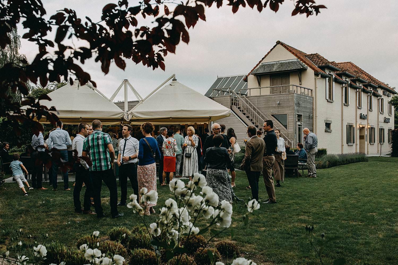 Krekelhof buitenreceptie huwelijk in tuin
