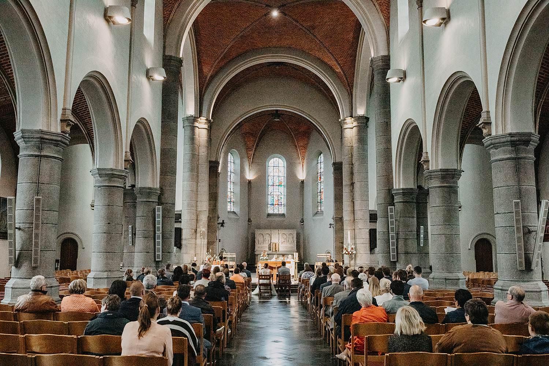 Liedekerke kerk huwelijksviering