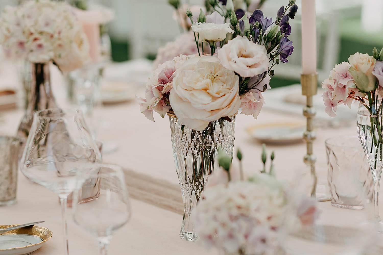 tafeldecoratie feesttafel bloemstukken feesttafel